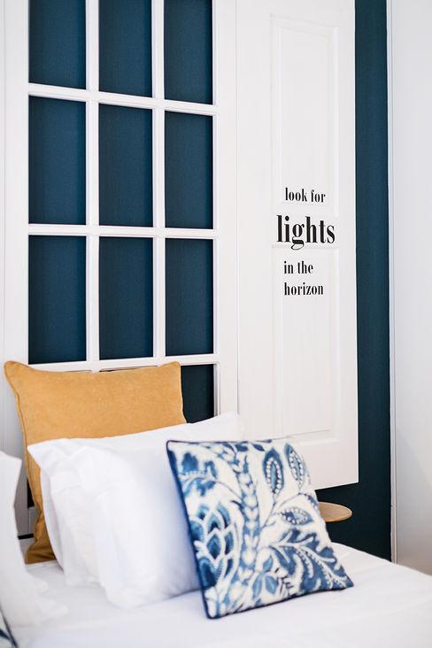 Quarto - Janelas de S. Bento, Porto - SHI Studio Interior Design ShiStudio Interior Design Quartos pequenos