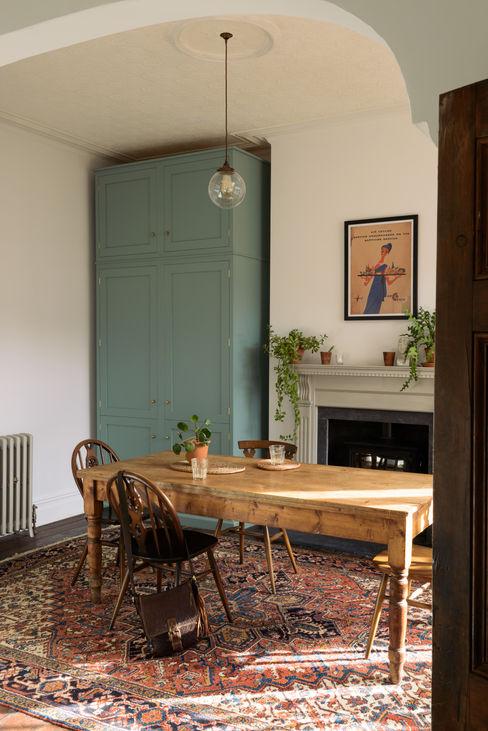 An Edwardian Villa in Cardiff deVOL Kitchens Cozinhas clássicas Azul