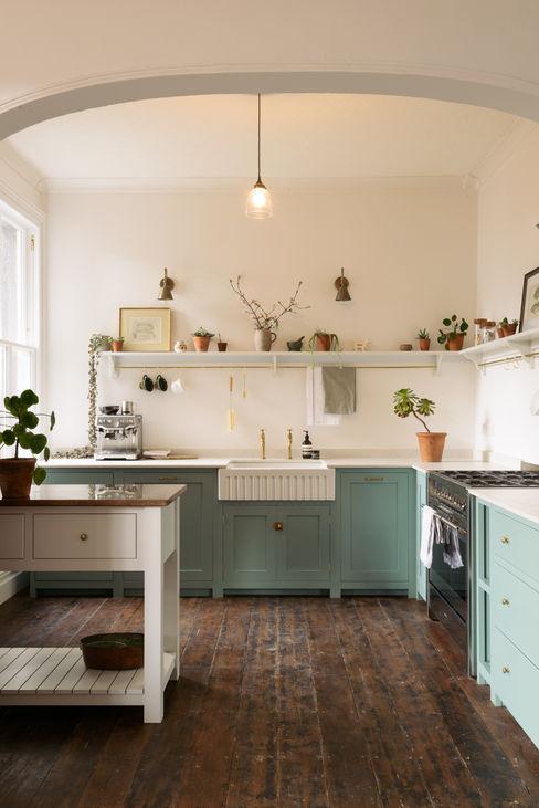 An Edwardian Villa in Cardiff deVOL Kitchens Dapur Klasik Blue