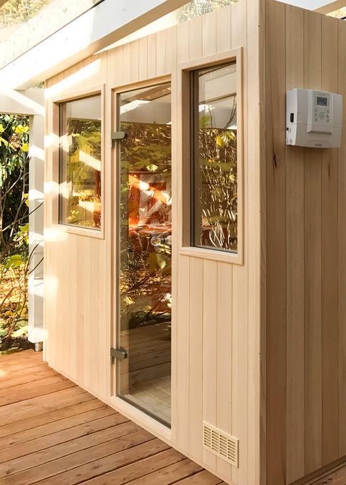 Manufaktursauna mit OUTDOOR-Paket| KOERNER Saunamanufaktur KOERNER SAUNABAU GMBH Sauna
