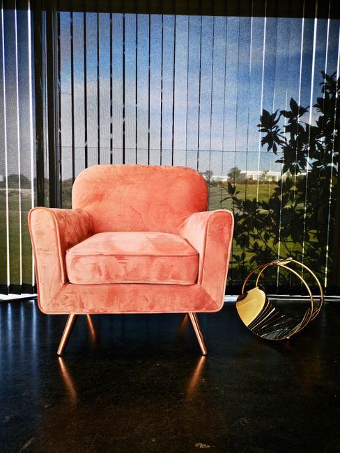 Casa Pantene - Óbidos EMME Atelier de Interiores Salas de estar modernas