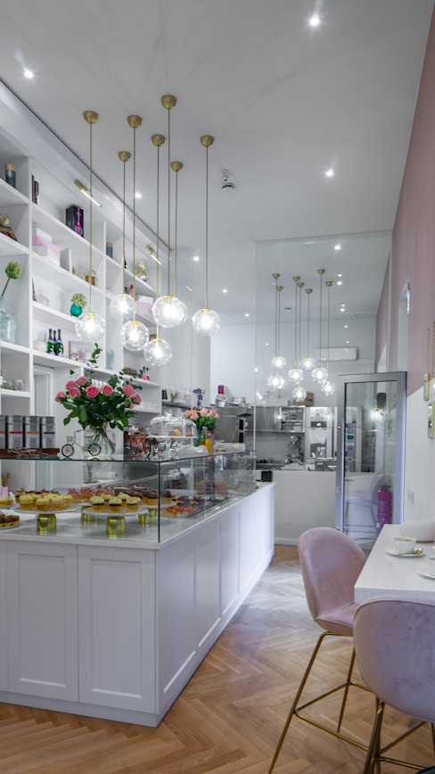 Ivy's Design - Interior Designer aus Berlin 餐廳 玻璃 White