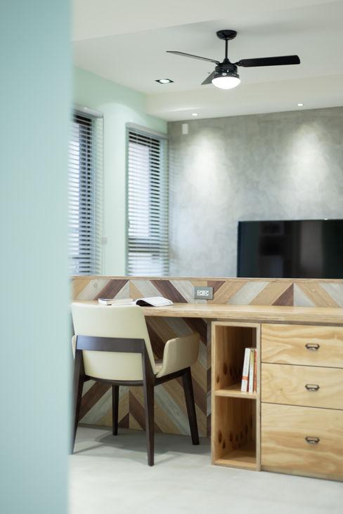 Dr. Yang案 | 開放式書房 有隅空間規劃所 書房/辦公室 合板 Green
