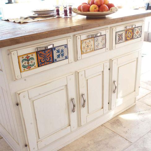 credenza o isola per la tua cucina stile country Mobili a Colori Cucina attrezzata Legno massello Bianco