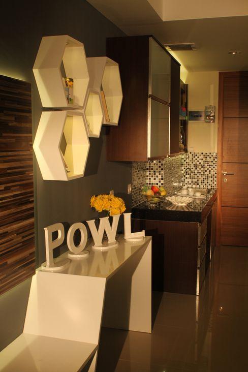 POWL Studio Cocinas de estilo ecléctico