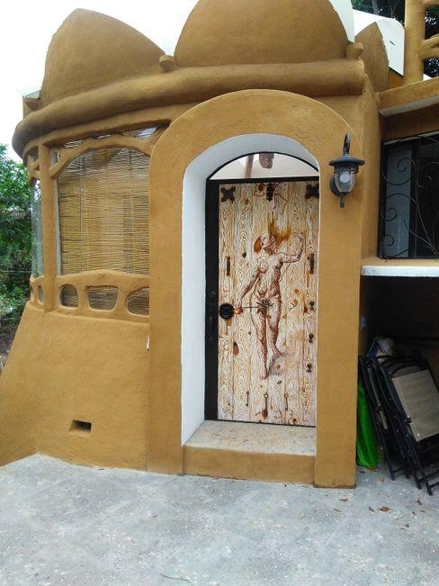 SIEMBRA ARQUITECTURA Wooden doors