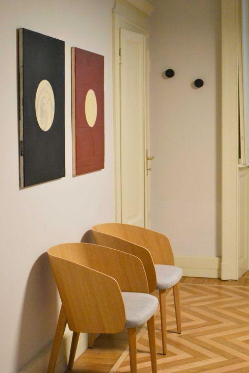 ufficio direzionale viemme61 Negozi & Locali commerciali in stile classico