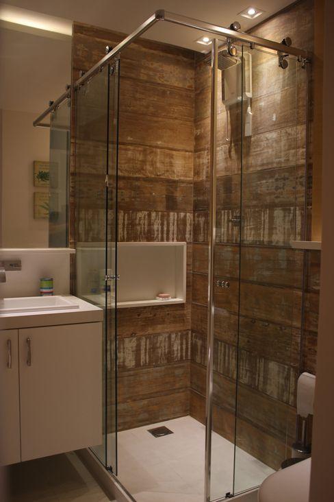 Apartamento JTA Viviane Cunha Arquitetura Casas de banho modernas