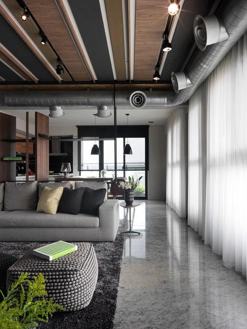 天花造型 子境室內裝修設計工程有限公司 客廳 Brown