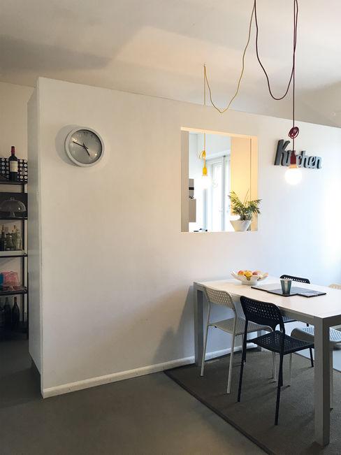 vista della cucina-tinello Scaglione Workshop architettura e design Cucina attrezzata