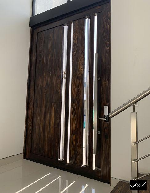 Casa Veski ffelix architecture Puertas de madera Madera Acabado en madera