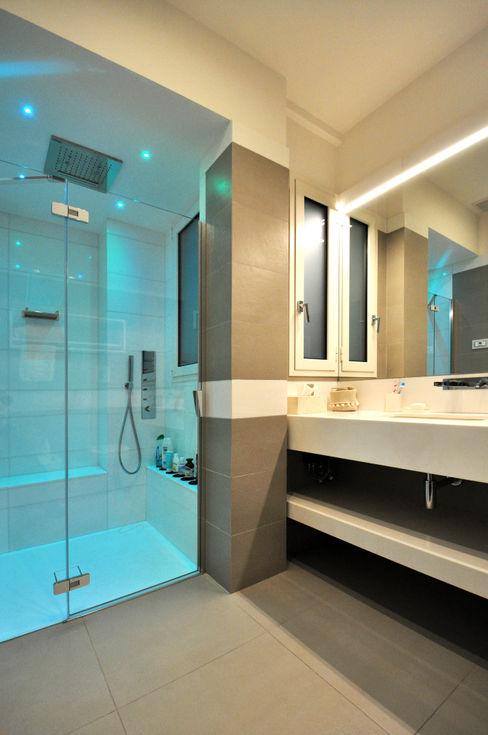 bagno con cromoterapia Architetto Igor Flis Bagno moderno