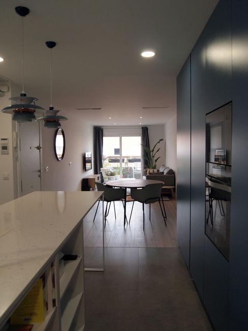 Reforma integral de piso en San Isidro Reformmia Cocinas de estilo moderno