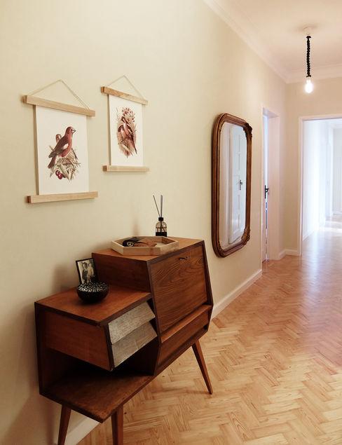 Hall maria inês home style Corredores, halls e escadas mediterrânicos