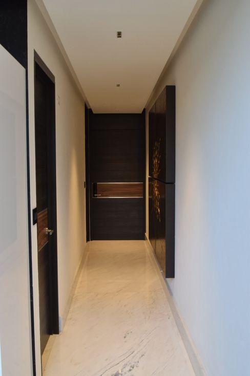Pasillo Inteligente Beqüem Pasillos, vestíbulos y escaleras modernos