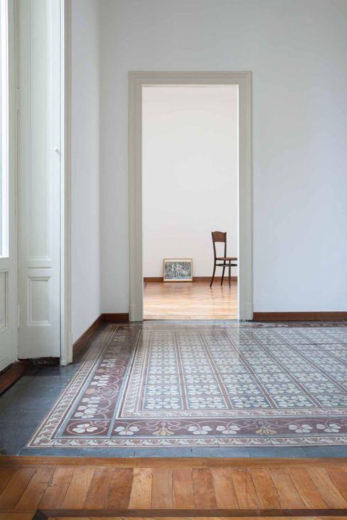 i pavimenti annacarla secchi architetto Soggiorno moderno