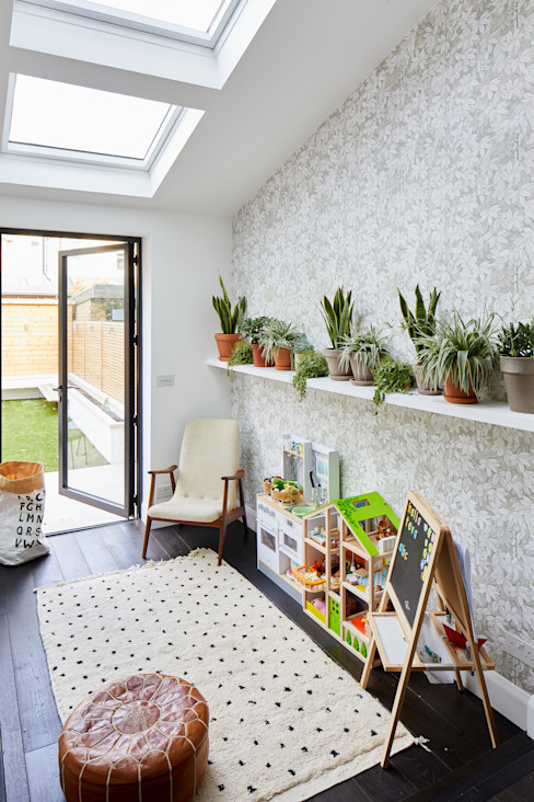 Earsfield House VORBILD Architecture Ltd. Baby room