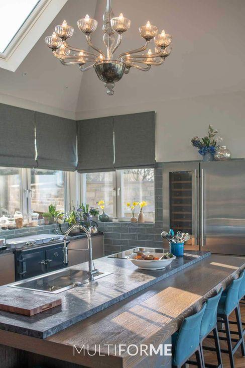 Villa di Lusso con Lampadari Design in Vetro di Murano a Londra MULTIFORME® lighting Cucina in stile classico