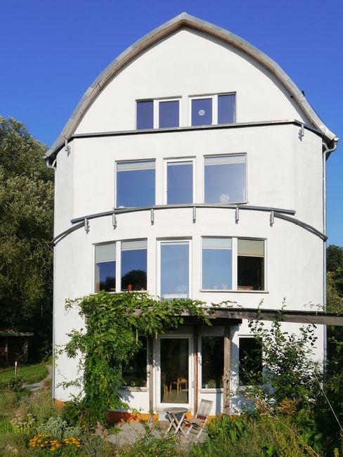 Erstes Strohballenwohnhaus in Hessen Shaktihaus Mehrfamilienhaus