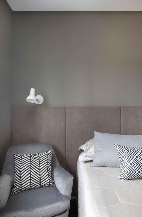 Suíte Hóspedes INSIDE ARQUITETURA E DESIGN Quartos minimalistas