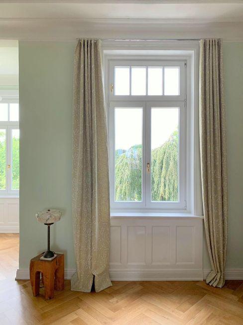 Adolf Rademann Scandinavian style living room Beige