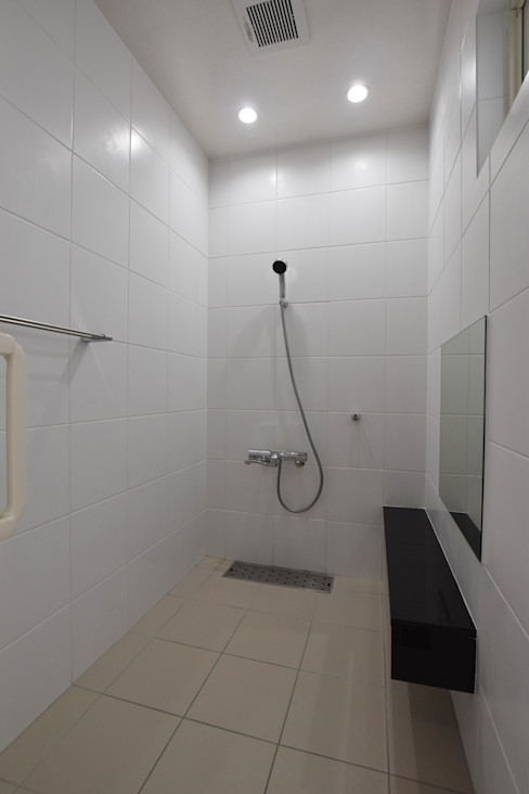 Style Create Modern style bathrooms White