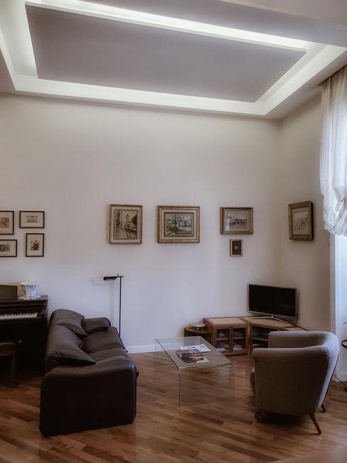 Zona salotto arch. Lorenzo Criscitiello Soggiorno moderno