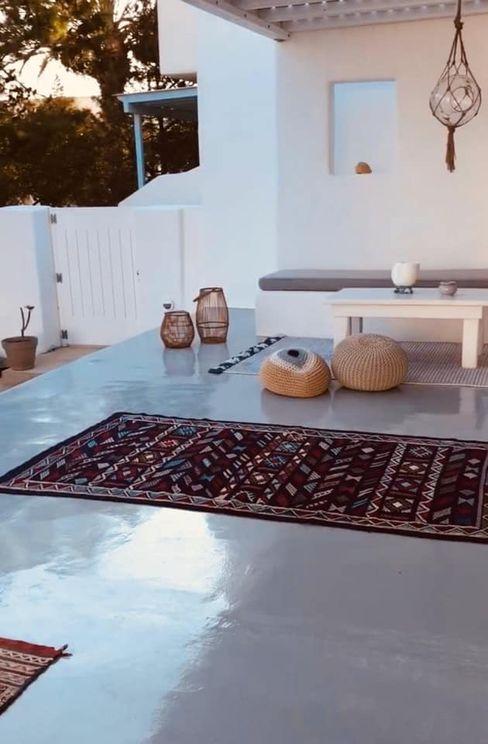 pavimento studio patrocchi Balcone, Veranda & Terrazza in stile mediterraneo