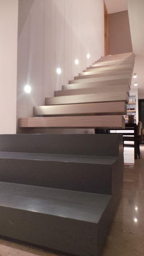 Casa LaMARNE 2 CubicOffice Escadas