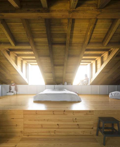 S Mamede CASCA Quartos asiáticos Madeira maciça Acabamento em madeira