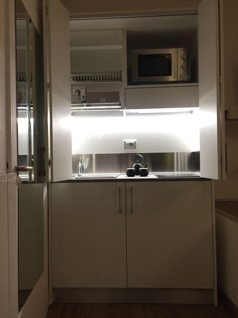 Mini Cucina Armadio a scomparsa da cm 124 MiniCucine.com CucinaContenitori & Dispense