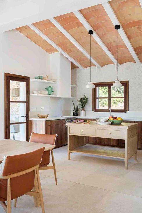 Bloomint design Nhà bếp phong cách Địa Trung Hải