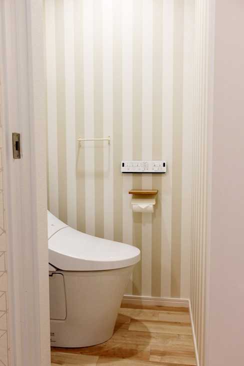 株式会社ディック Scandinavian style bathroom Beige