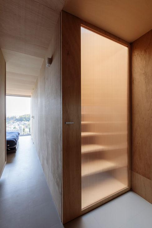 吉田豊建築設計事務所 YUTAKA YOSHIDA ARCHITECT & ASSOCIATES Inside doors
