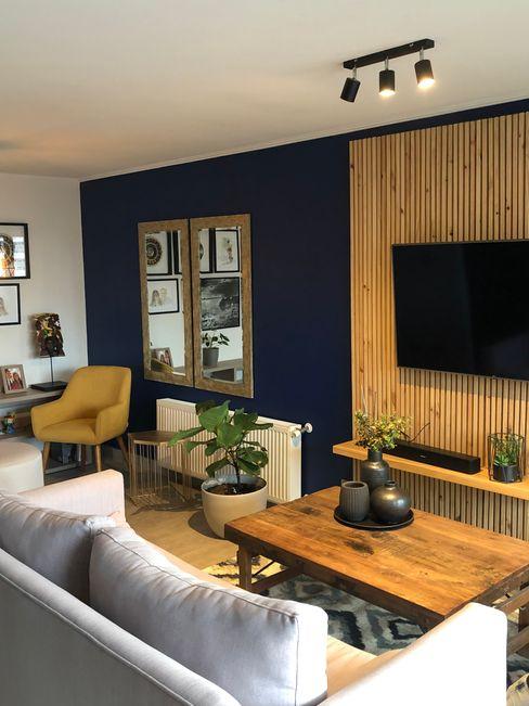Living Gabi's Home Livings de estilo moderno