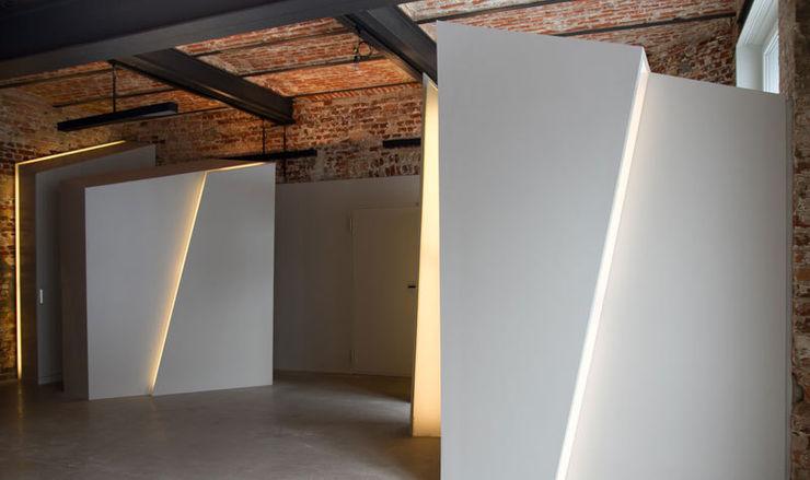 designyougo - architects and designers Couloir, entrée, escaliers industriels MDF Gris