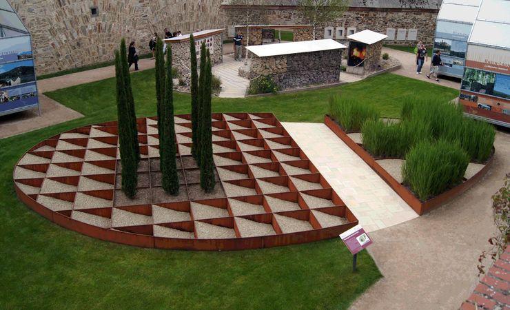 Planungsbüro STEFAN LAPORT Jardines de estilo moderno