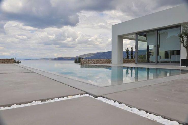 Spachtelböden im Außenbereich - Betonoptik Fugenlose mineralische Böden und Wände Mediterrane Pools