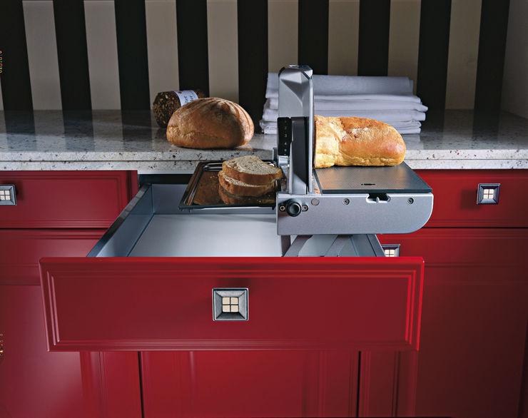 LEICHT Küchen AG KitchenKitchen utensils