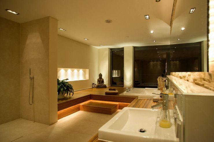 Privatvilla Rheingau ligthing & interior design Moderne Badezimmer