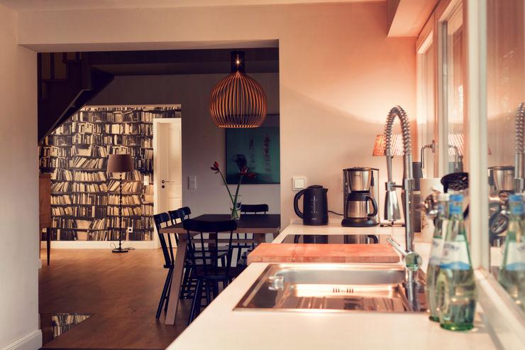 Heike Gebhard Wohnen Modern kitchen