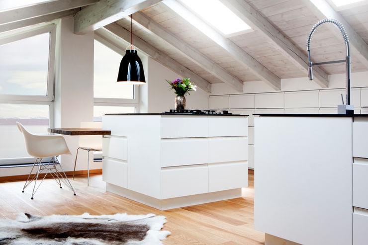 BESPOKE GmbH // Interior Design & Production Rustic style kitchen