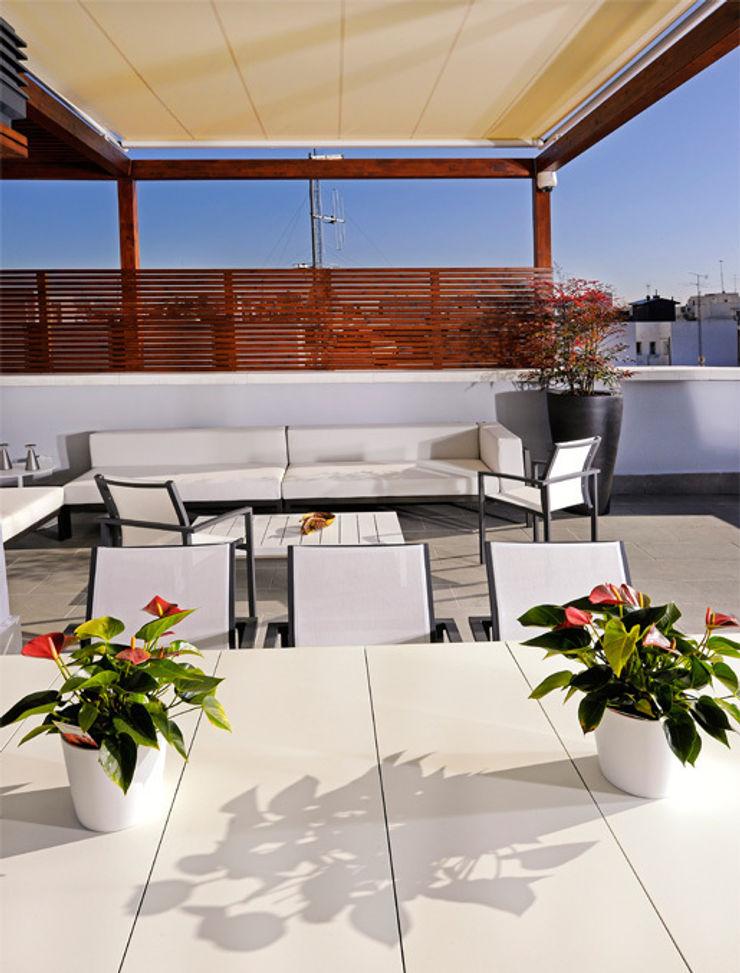 UNJARDINPARAMI Mediterraner Balkon, Veranda & Terrasse