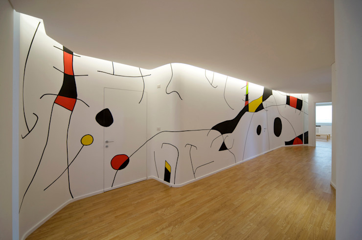 Kindergarten S.M.Goretti Extension Comoglio Architetti Eclectic style corridor, hallway & stairs