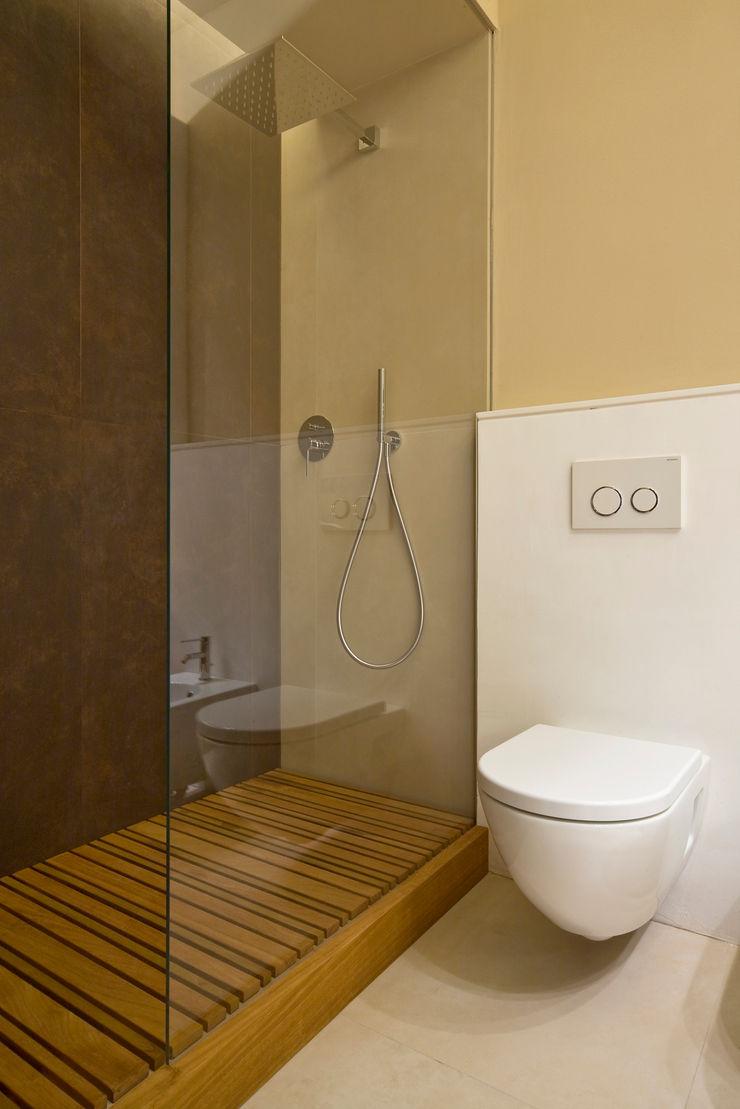 CHB house Comoglio Architetti Classic style bathroom