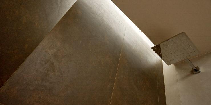 CHB house Comoglio Architetti BathroomBathtubs & showers