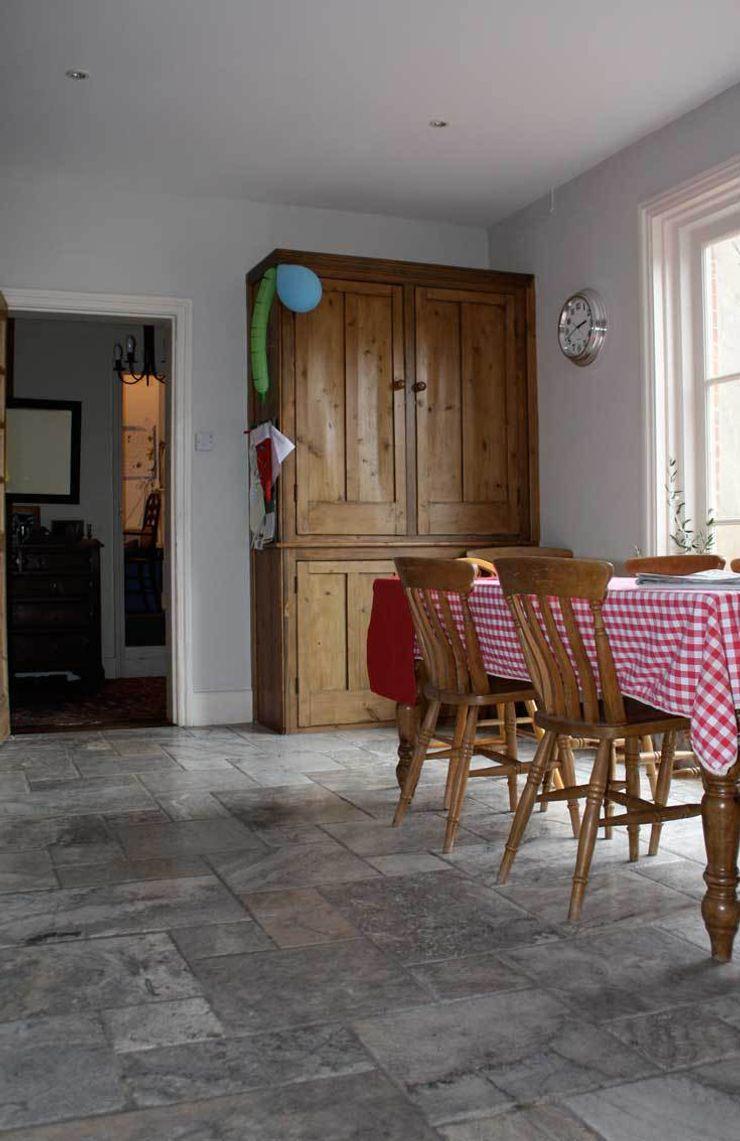 TRAVERTINE FLOORING DT Stone Ltd Paredes y pisosBaldosas