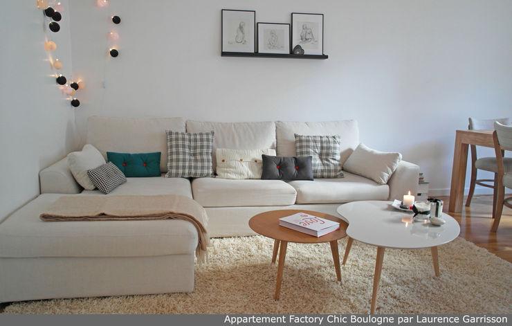 La Decorruptible Moderne Wohnzimmer