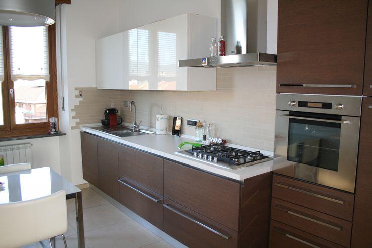 enrico massaro architetto Modern kitchen