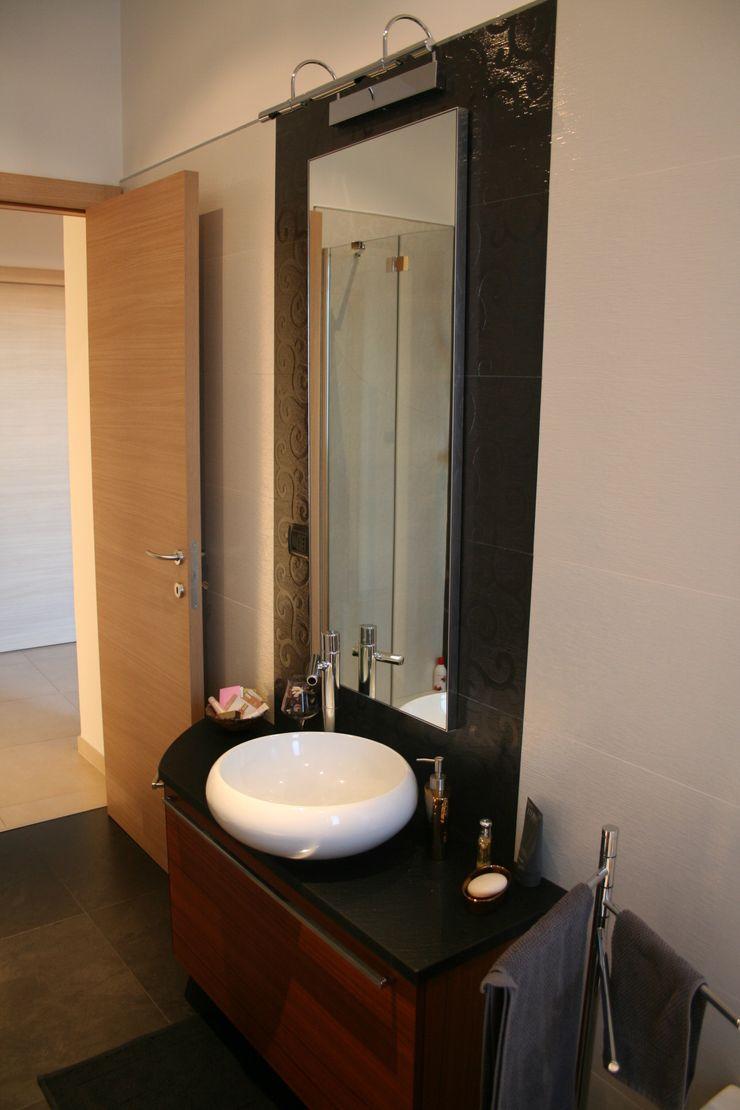 enrico massaro architetto Modern bathroom